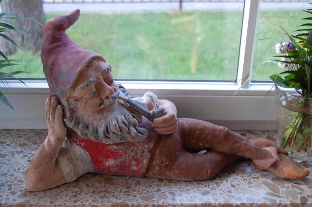 Gartenzwerg auf der Fensterbank - Villa Dorothea - Heringsdorf - Insel Usedom